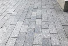 Graniet tegel 20x40x5 cm. gevlamd
